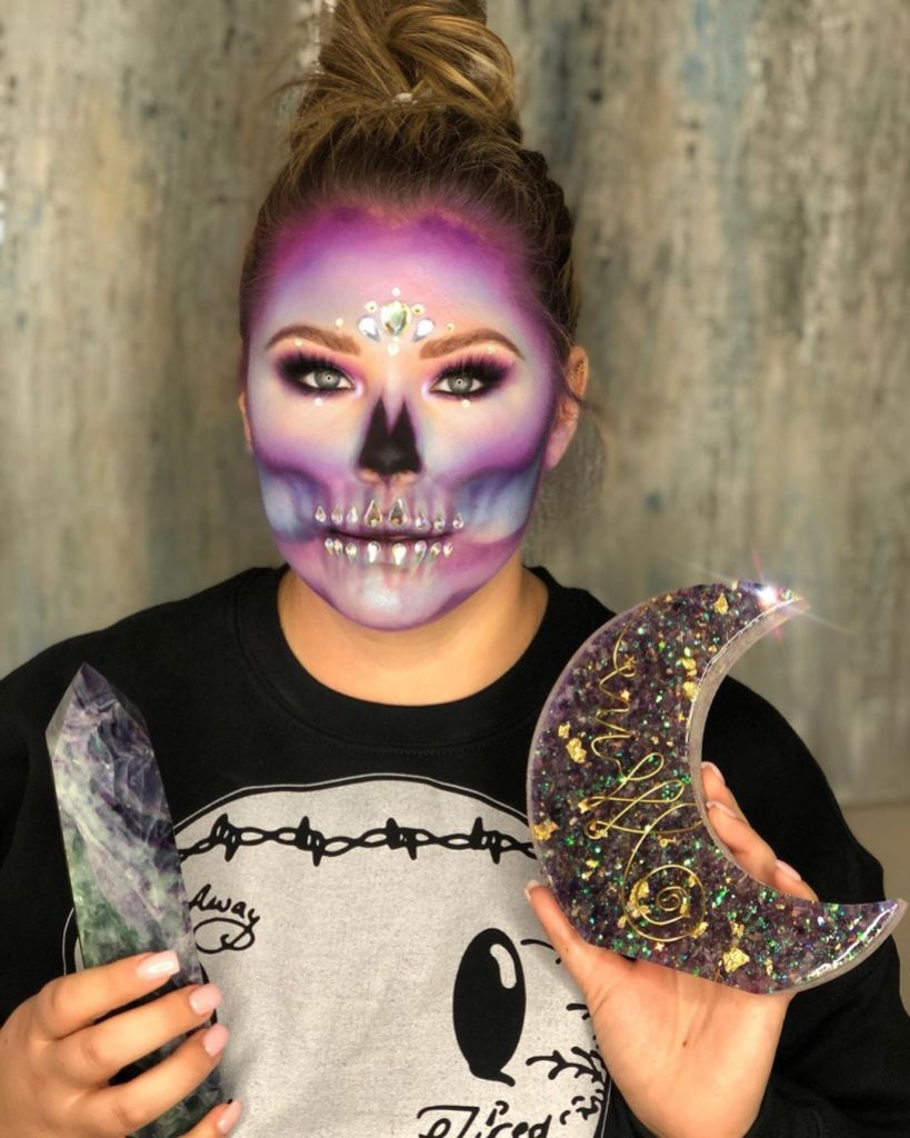 Teen Mom 2 Kailyn Lowry Debuts Gorgeous Crystal Skeleton Makeup Look