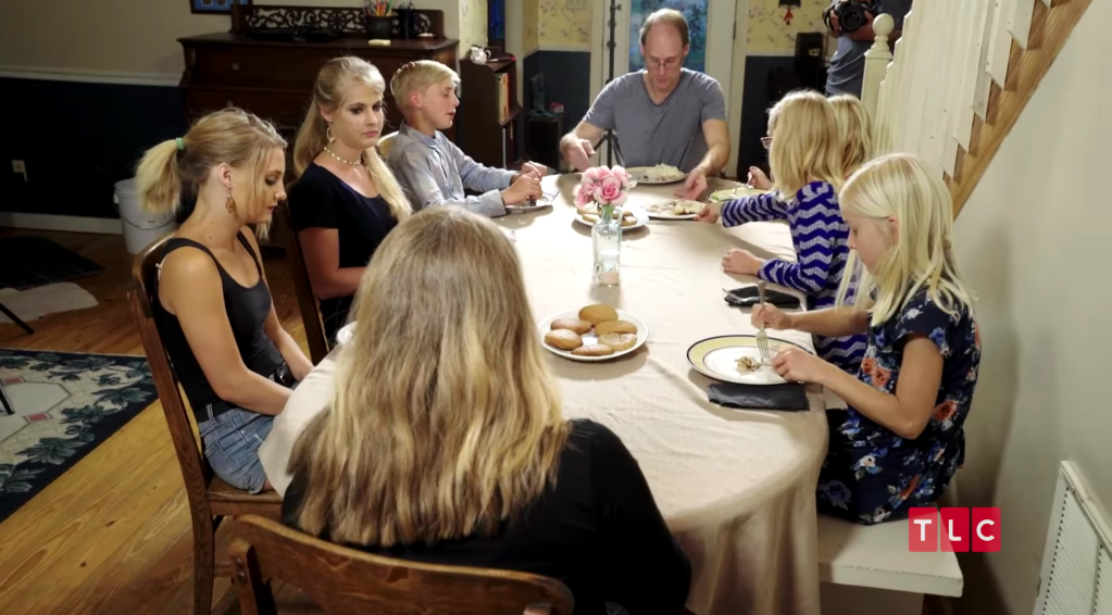 The Plath Family Eats Dinner on Welcome to Plathville
