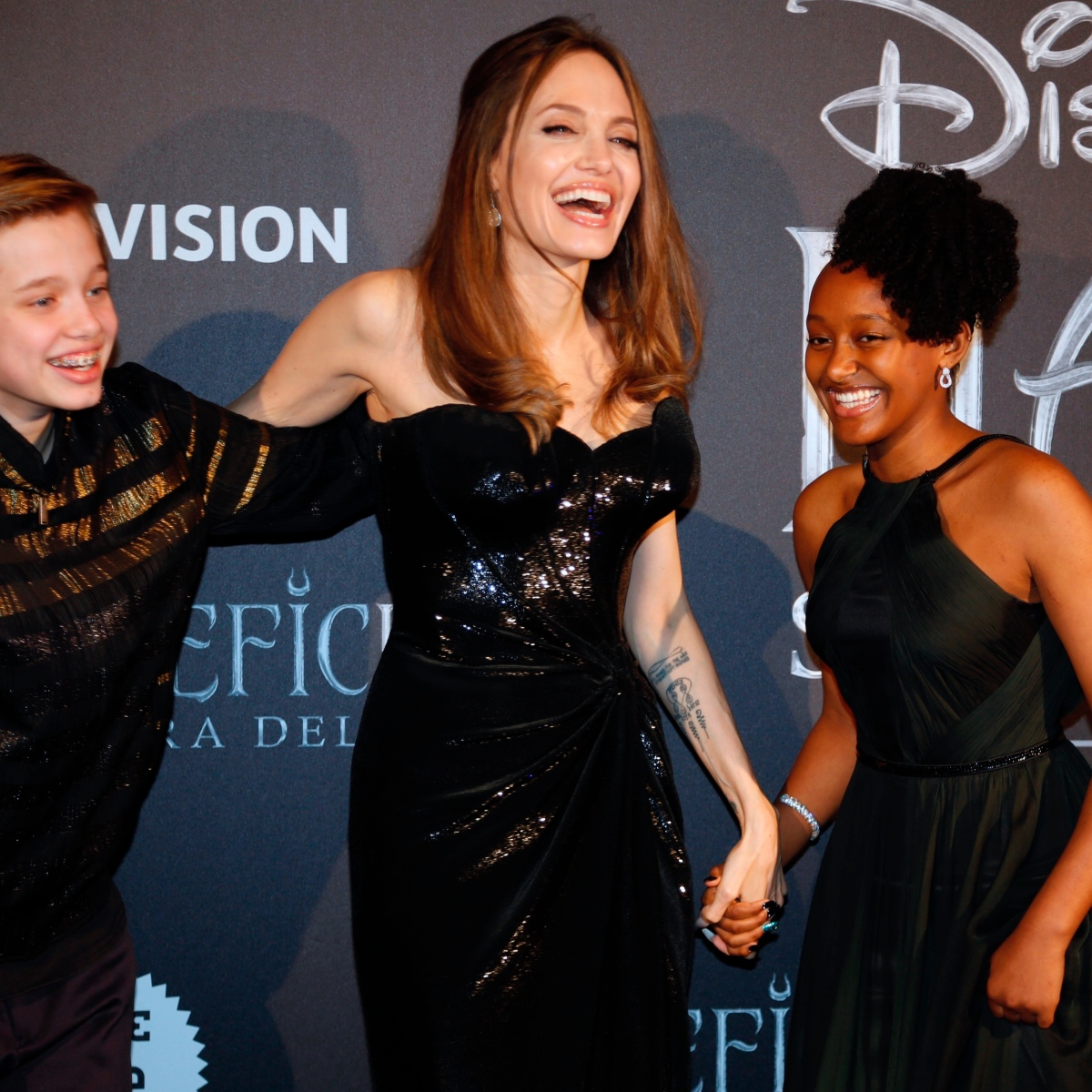Angelina Jolie Attends Maleficent Premiere With Shiloh And