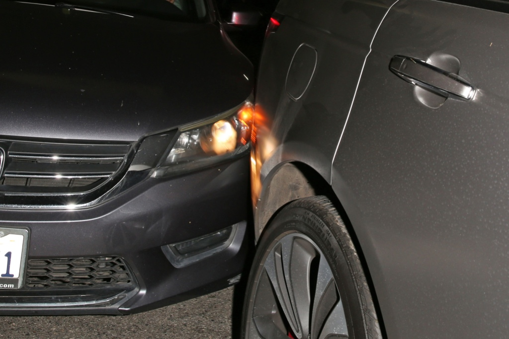 kylie jenner car accident fender bender
