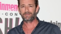 late actor wore a dark gray button down t shirt on the entertainment weekly party red carpet party for comic con 2018 luke perry's kids share birthday messages