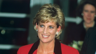 princess diana wears black top underneath a red blazer wiht black lapels at Childline Appeal, Savoy Hotel, London, Britain in january 1996