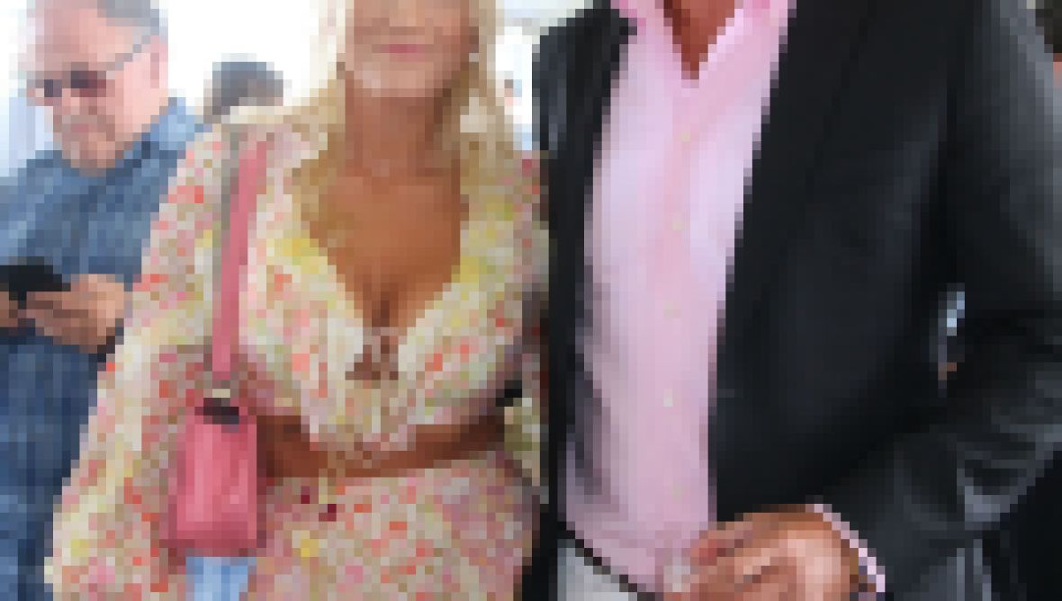 Peter Cook and Alba Jancou Engaged Christie Brinkley Ex Husband