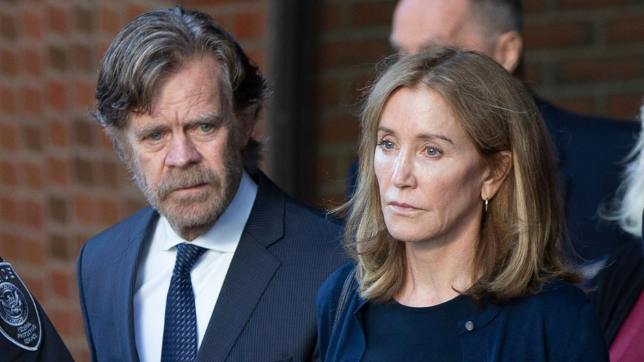 William H. Macy and Felicity Huffman Holding Hands While Leaving Court