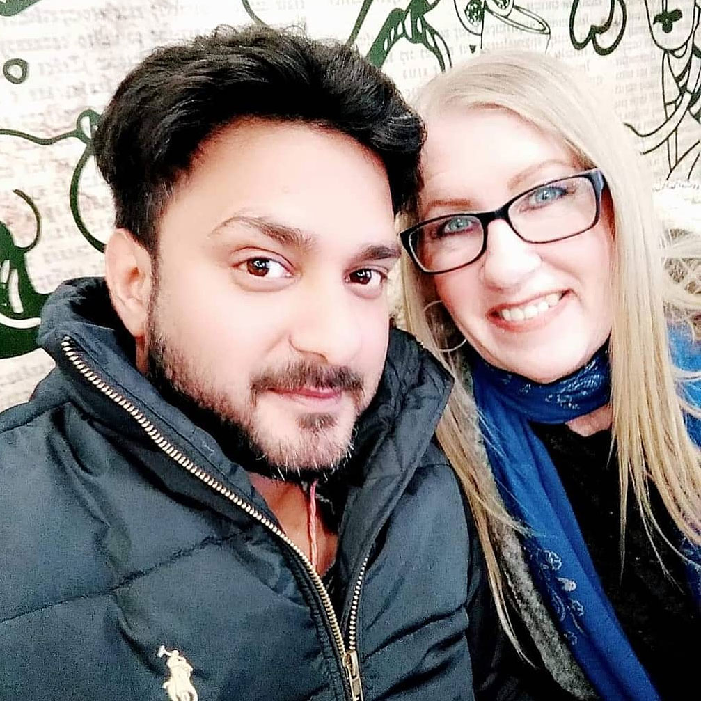 90 Day Fiance Stars Jenny and Sumit Get Flirty on Instagram