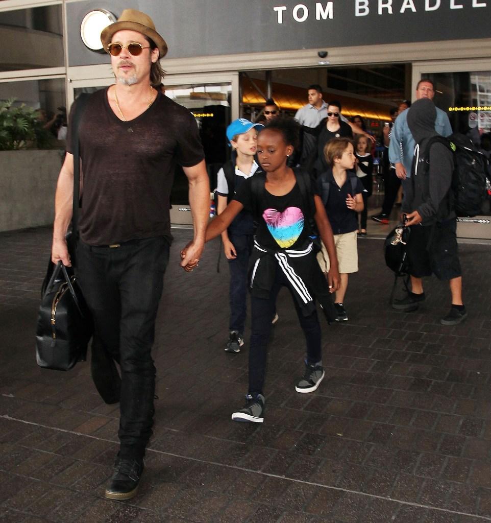 Angelina Jolie Brad Pitt Kids Open Spending Thanksgiving Father