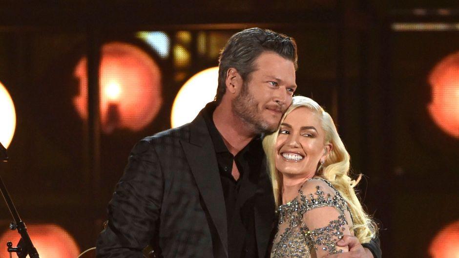Blake and Gwen Hugging on Stage