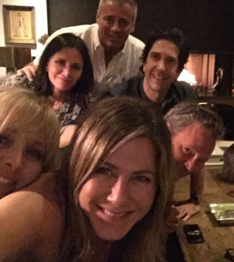 Jen Aniston Reuniting With Friends Cast