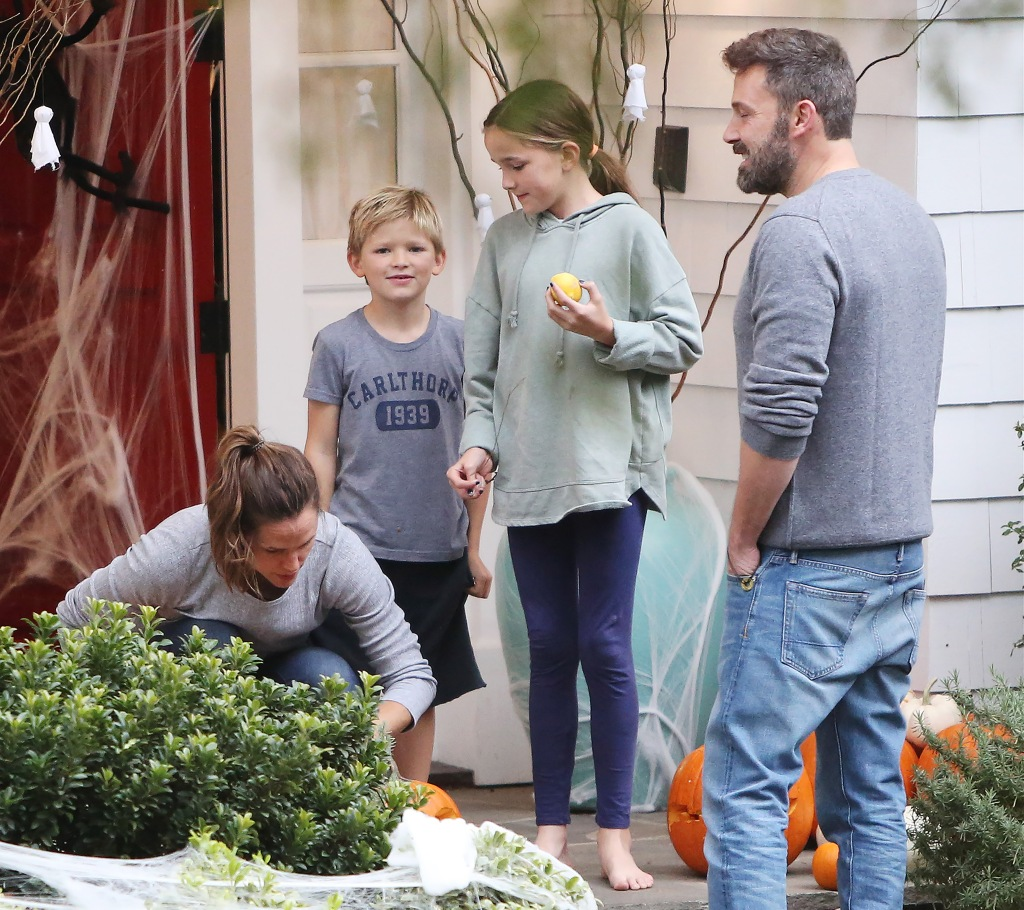 Jennifer Garner Kids Halloween