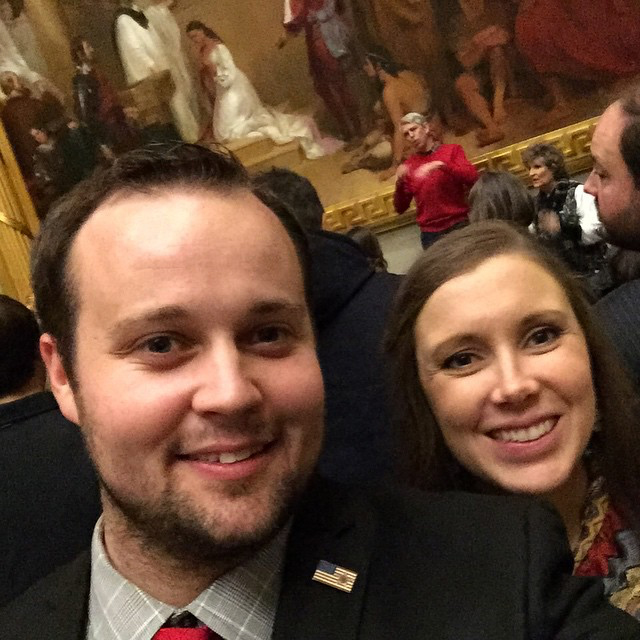 Fans Worry Josh and Anna Duggar's Daughter Maryella Has Jaundice in New Pic: 'Her Color Isn't Good'