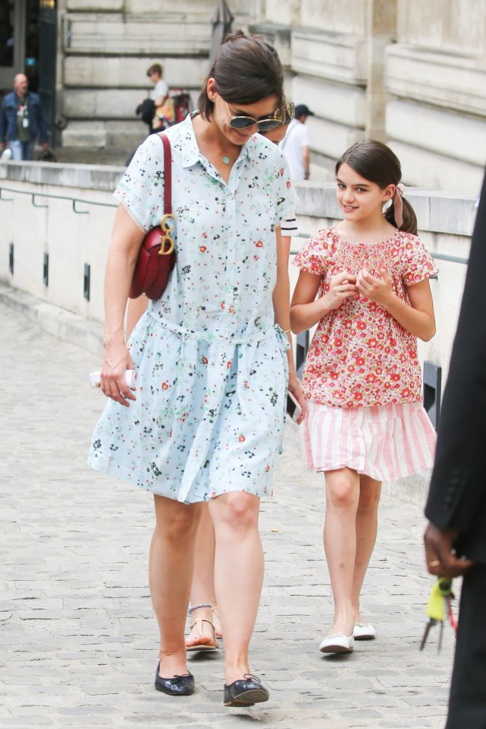 Katie Holmes Wearing a Blue Floral Dress With Suri Cruise