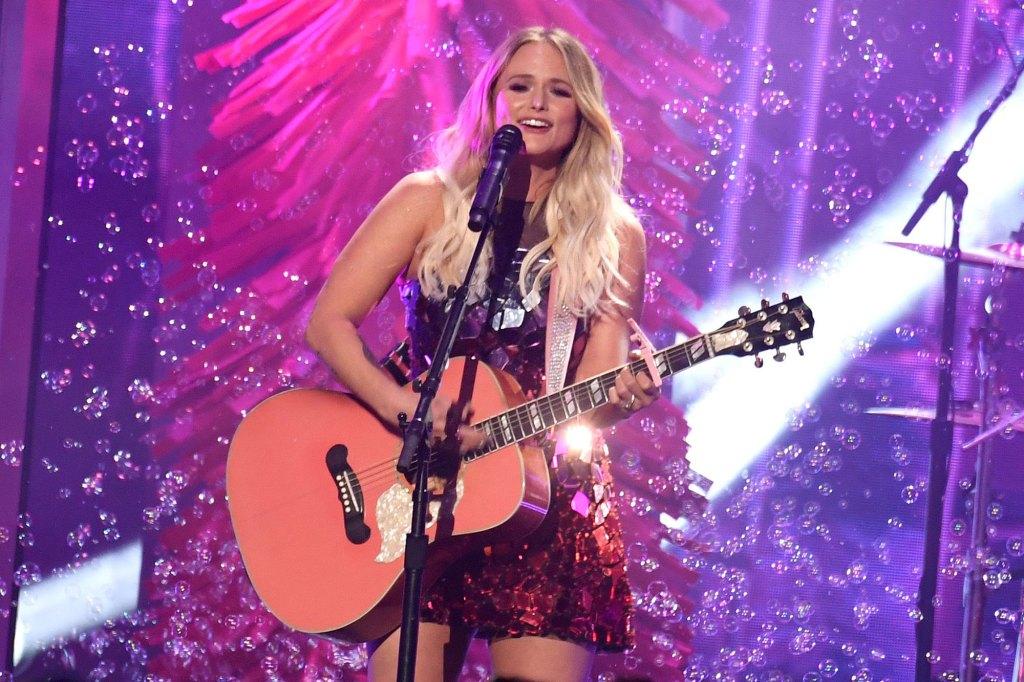 Miranda Lambert Performing 2019 CMA Awards