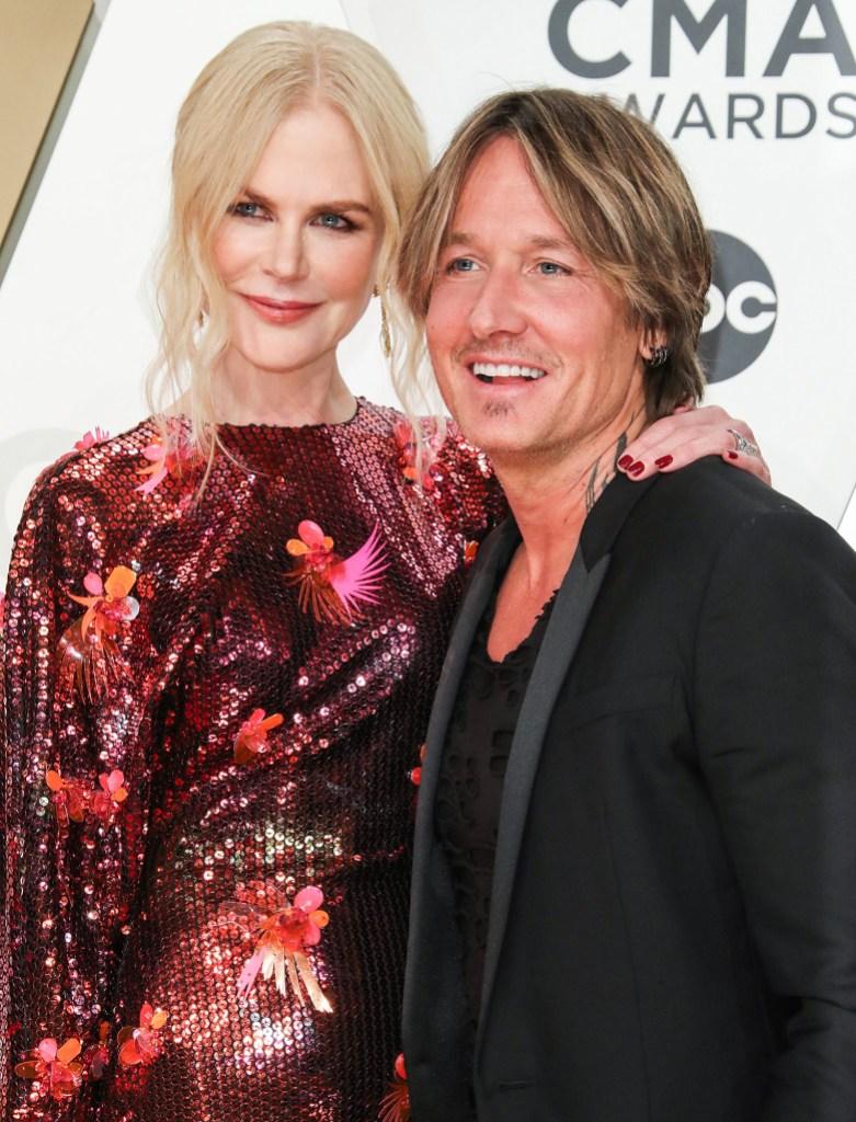 Nicole Kidman and Keith Urban Show PDA at CMAs 2019