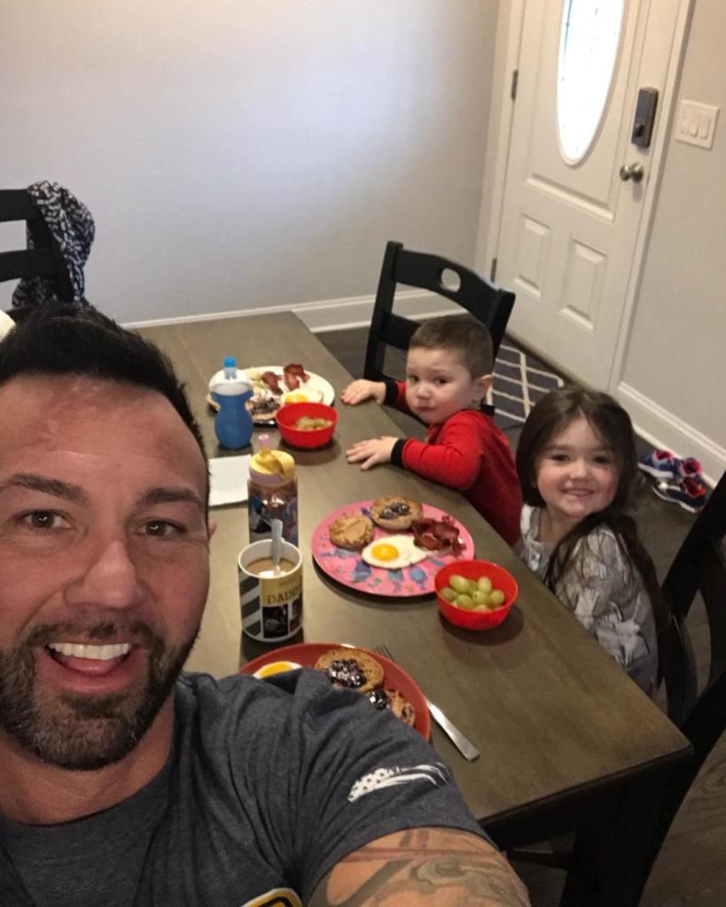 Roger Mathews With His 2 Kids