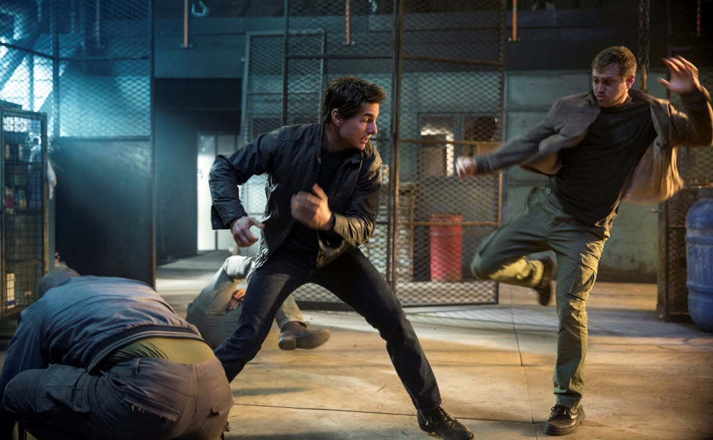 Tom Cruise May Be Too Old For Action Films Jack Reacher Author