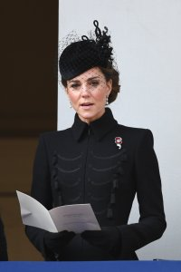 kate middleton wore all black to the remembrance day sunday service on november 10