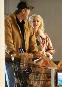 Stocking Up! Gwen Stefani and Blake Shelton Go Last-Minute Holiday Shopping