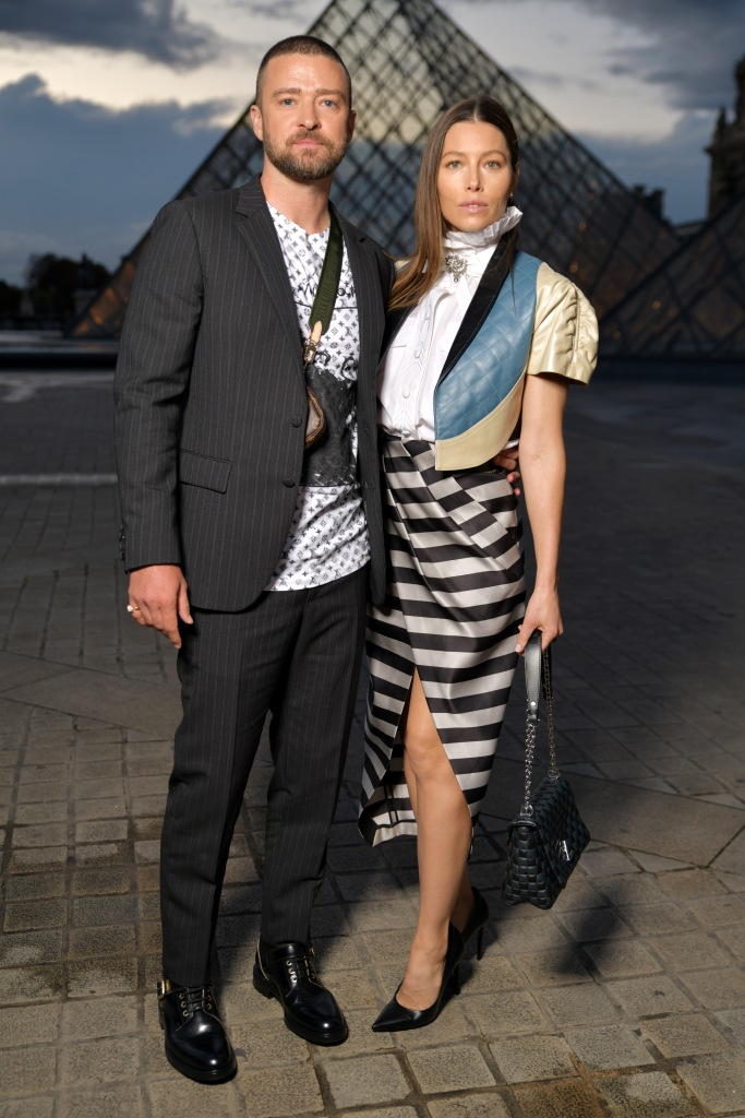 Justin Timberlake Wearing a Suit With Jessica Biel in Paris