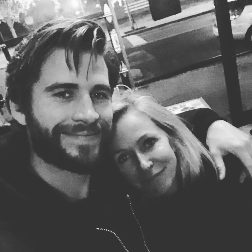 Liam Hemsworth With His Mom