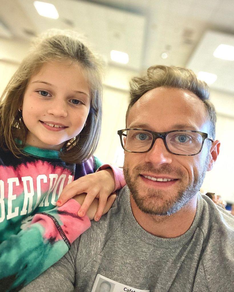 adam busby selfie with his daughter blayke