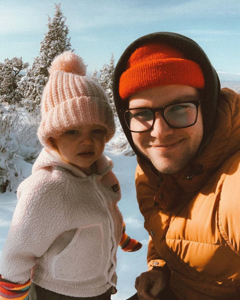ember and jeremy roloff selfie in the snow