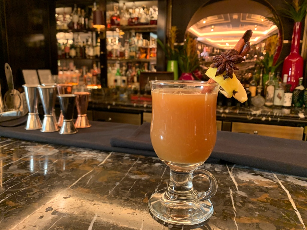 photo of cocktail for bars open on christmas day