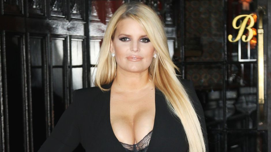 Jessica Simpson Opens Up About Her Struggle With Addiction for the First Time in TV Interview feature