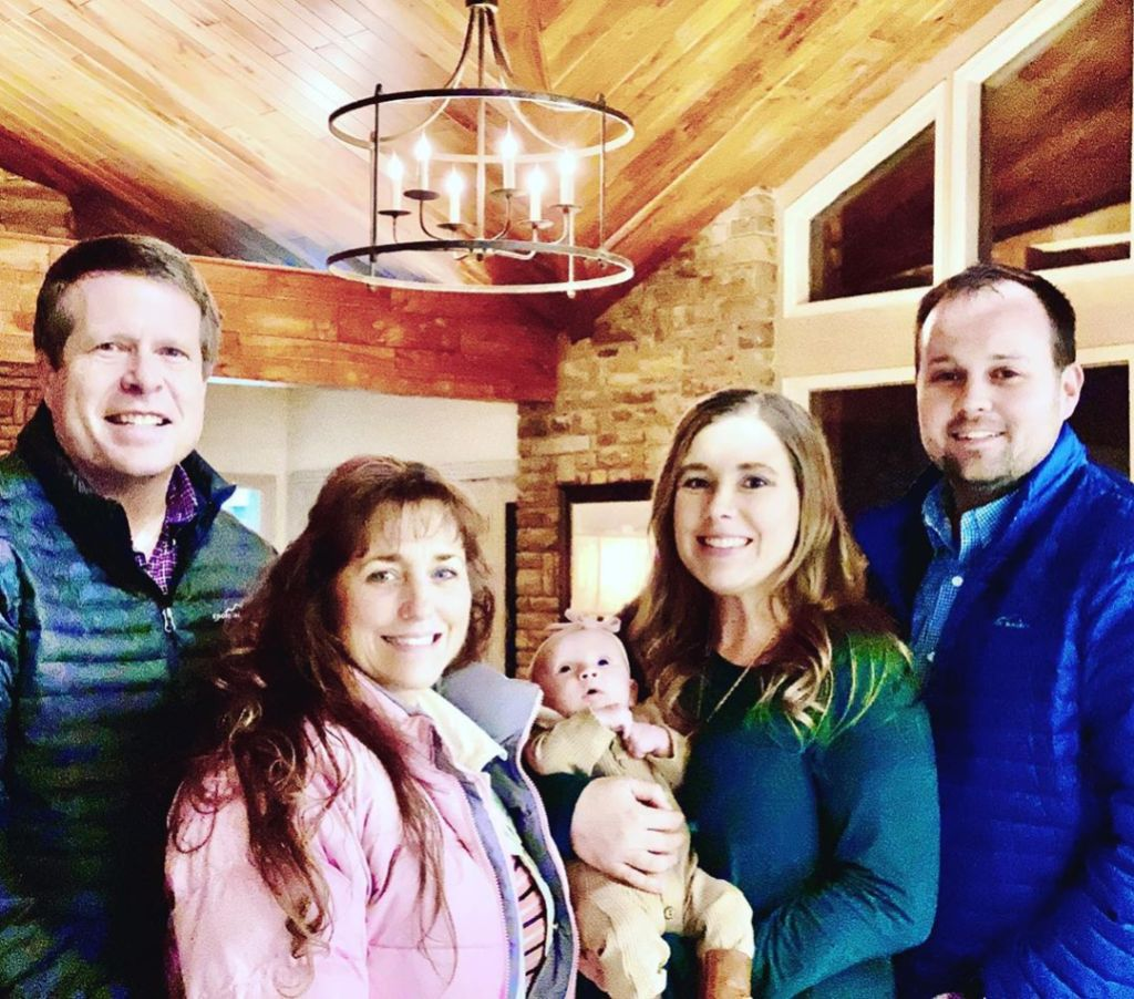 Josh Duggar Resurfaces Online in Wife Anna's Post About Jim Bob and Michelle's 'Unconditional Love'