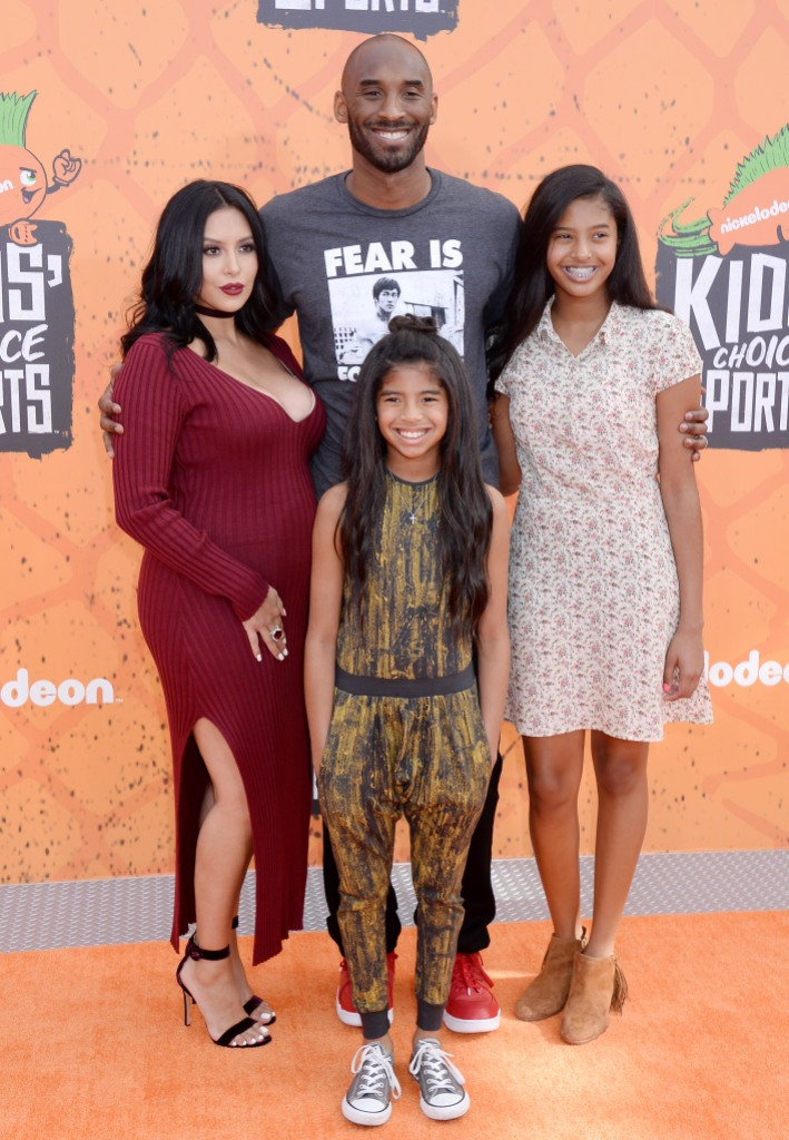 Kobe Bryant With His Family at the Kids' Choice Awards