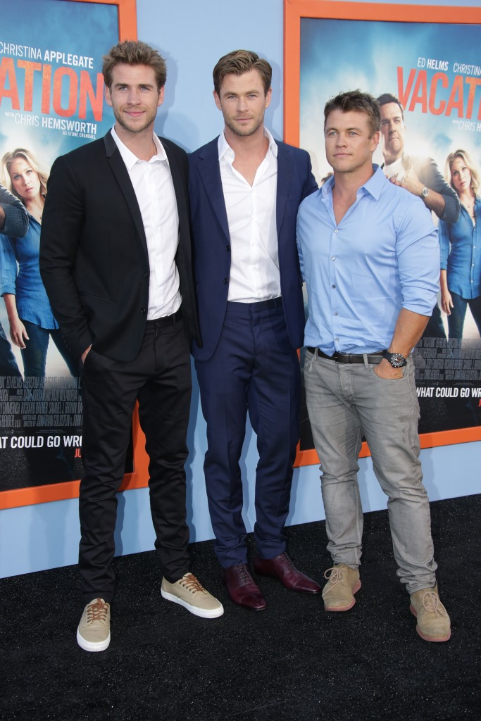 Liam Hemsworth With His Brothers on a Red Carpet