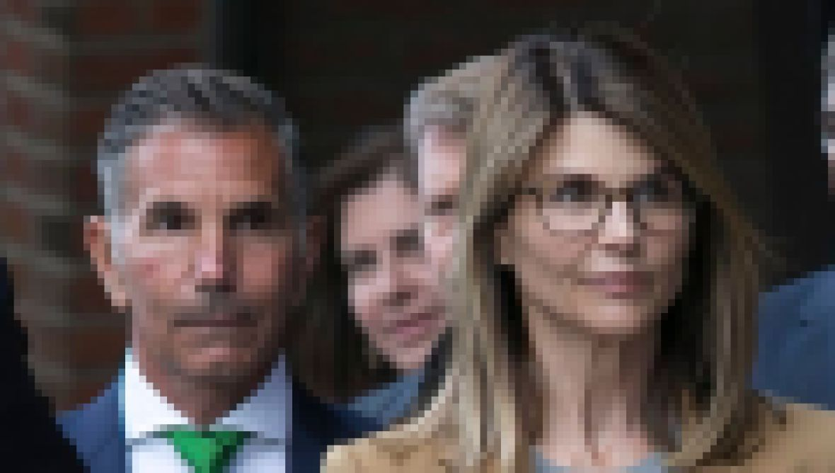 Take a Tour of Lori Loughlin and Mossimo Giannulli $28 Million Mansion feature