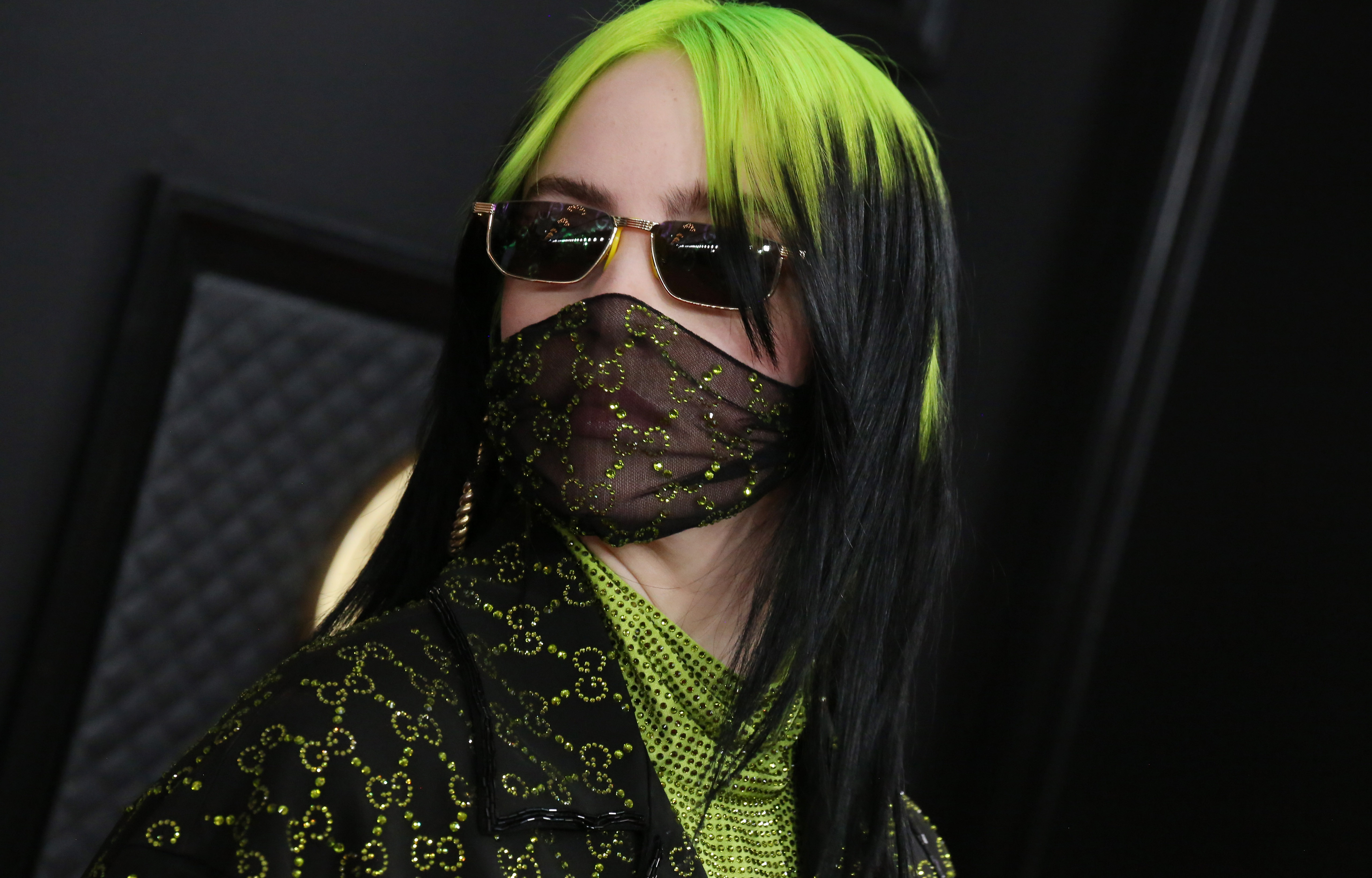Billie Eilish Shades Look Alike For Pretending To Be Her Stop