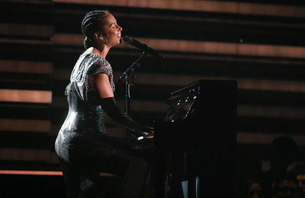 Alicia Keys Performing 2020 Grammys