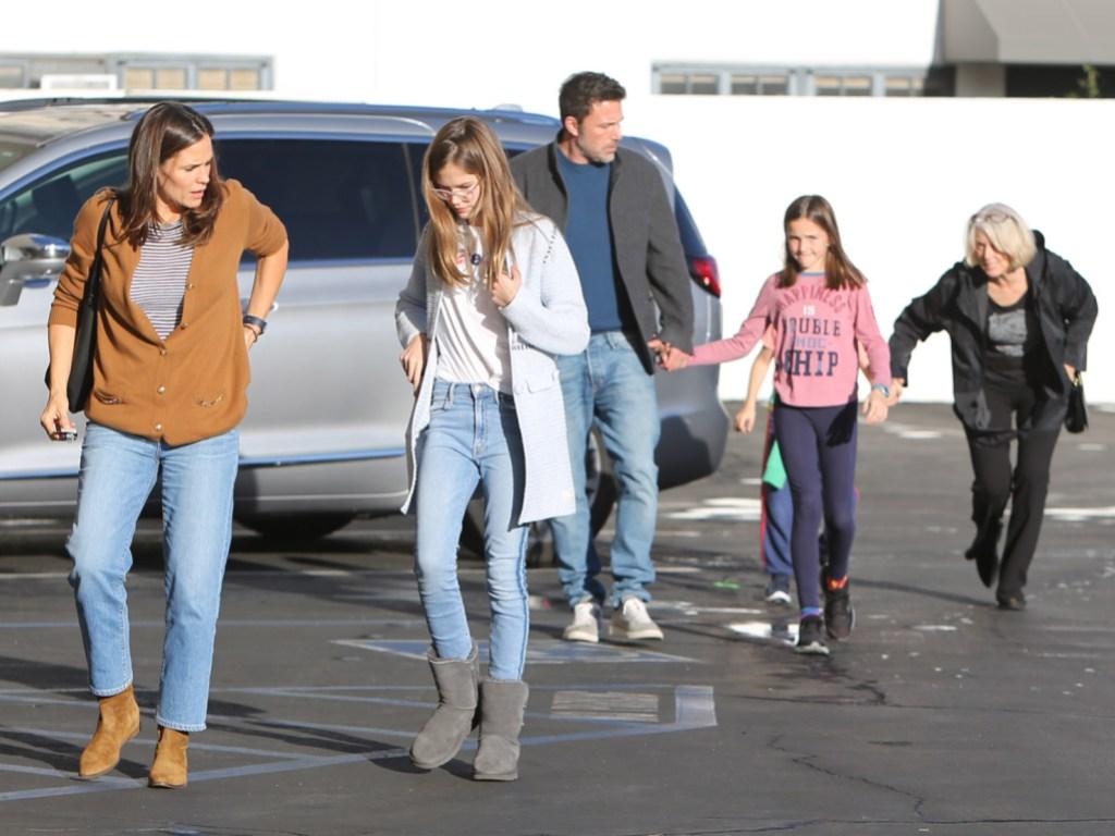Ben Afleck With Jennifer Garner and Kids
