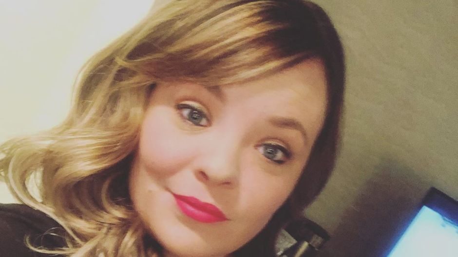 Catelynn Lowell Gets Ahead of Parent-Shamers After Seemingly Dyeing Nova's Hair- 'Calm Down, Y'all' feature