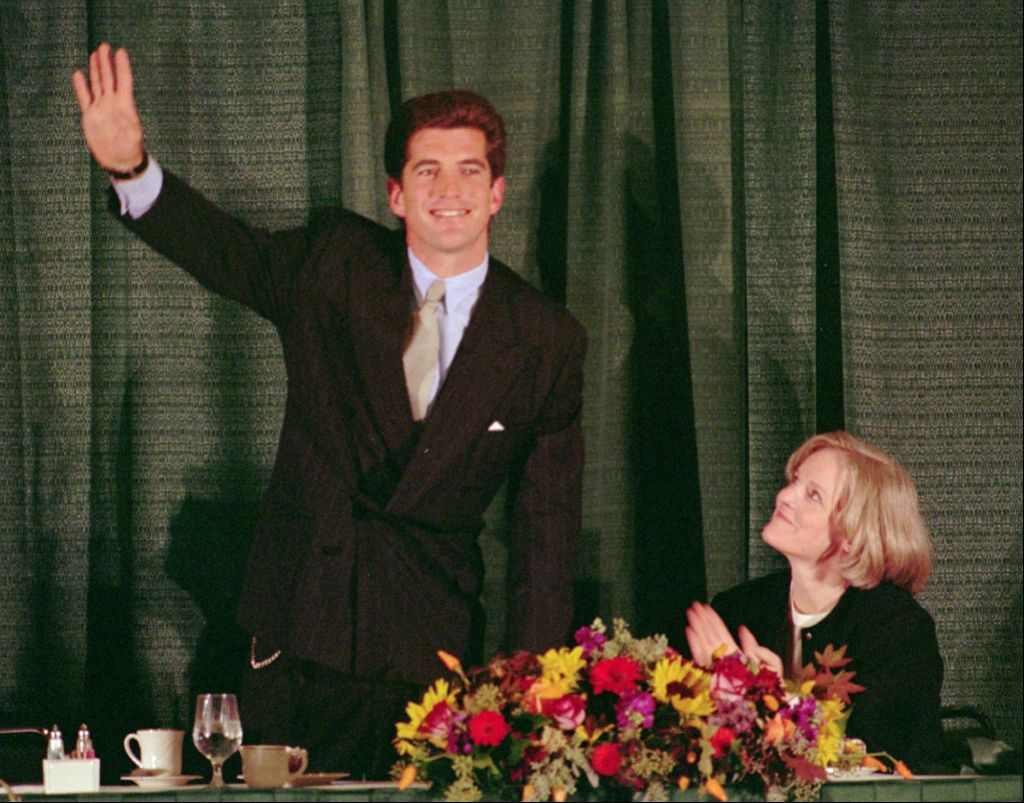 JFK Jr. Could 'Lose His Temper' ... But Was He Capable of Writing a Death Threat to a Politician? inline 2