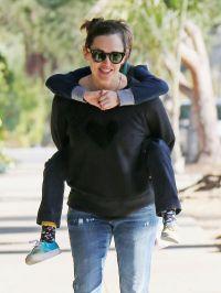 Jennifer Garner Carrying Samuel on Her Back