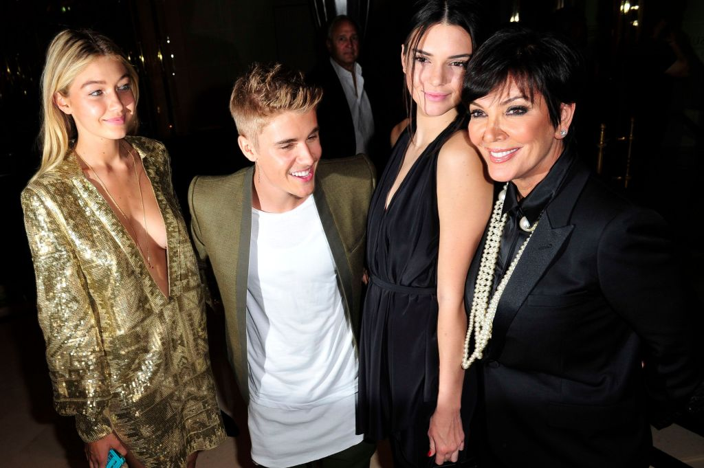 Justin Bieber Smiling With Gigi Hadid, Kendall Jenner and Kris Jenner