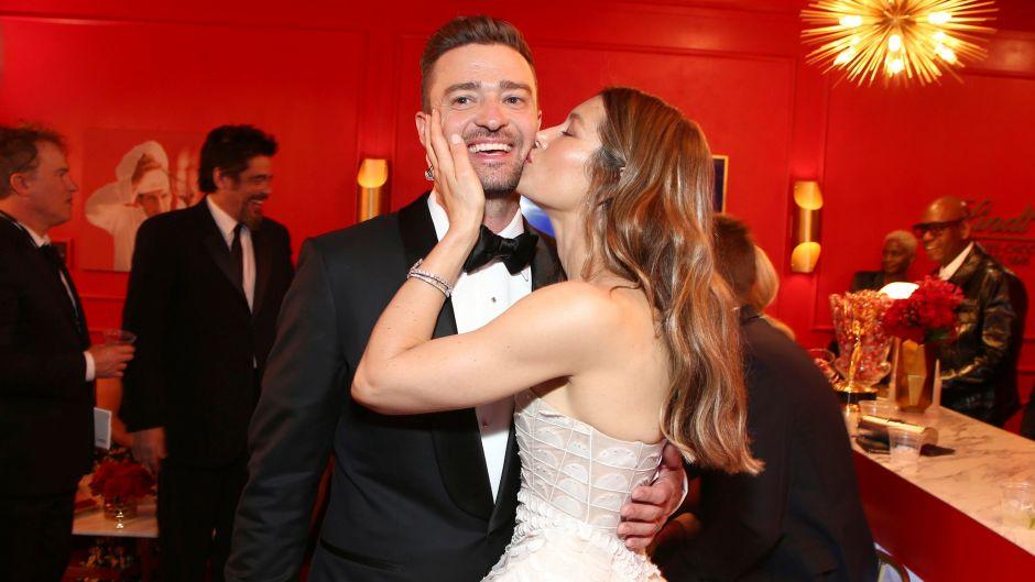 Jessica Biel in a White Dress Kissing Justin Timberlake