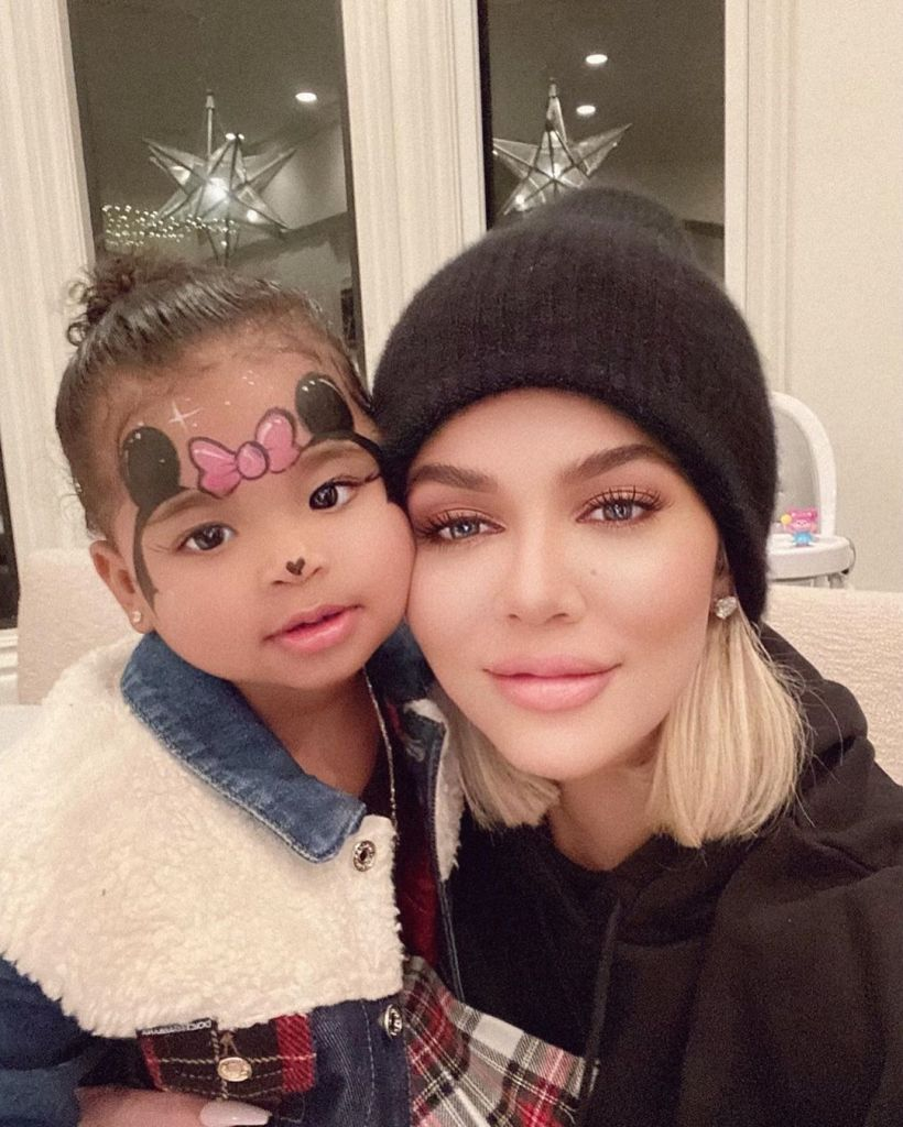 Khloe Kardashian With Her Daughter True Wearing Minnie Mouse Makeup
