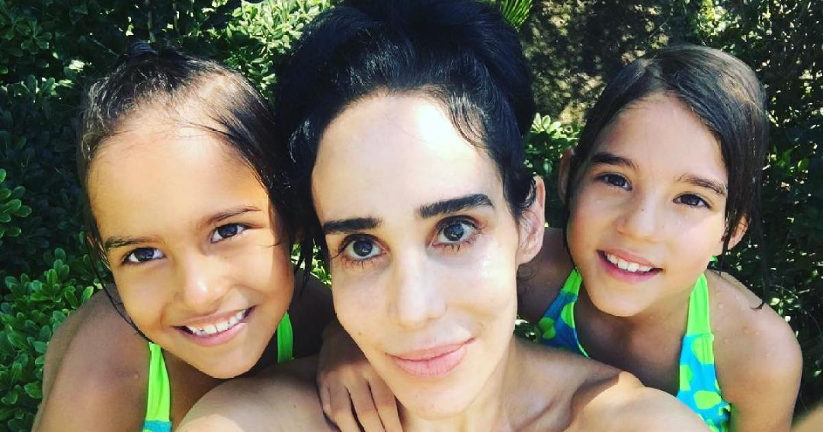 'Octomom' Nadya Suleman Has a Pizza Party With Her 14 Kids