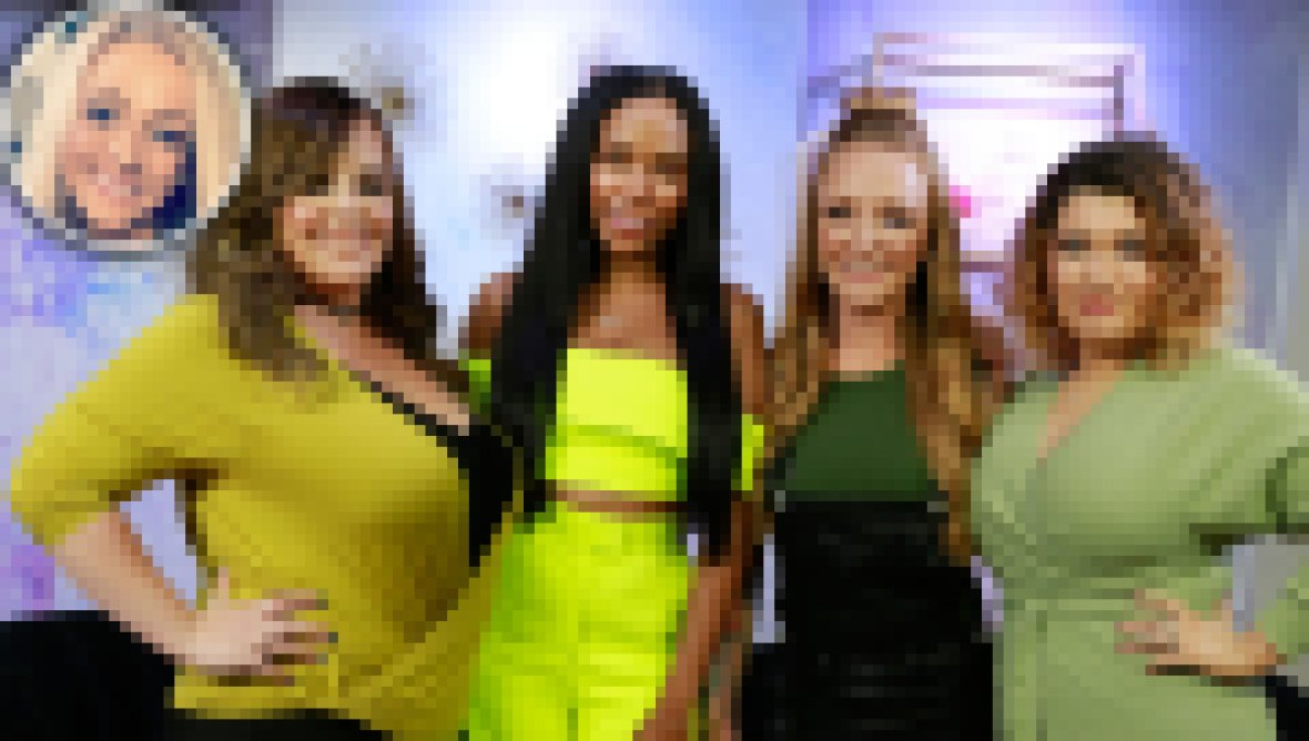 inset MackenzieMcKee: From left to right, Catelynn Lowell, Cheyenne Floyd, Maci Bookout and Amber Portwood from MTV's Teen Mom pose for a photograph in the AMI studio, May 21, 2019 in New York.