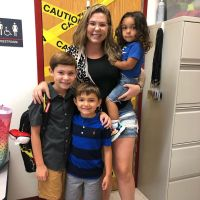 'Teen Mom 2' Star Kailyn Lowry 'Likes' Tweet About Not Feeling 'Stuck' in Relationships Because of Children feature