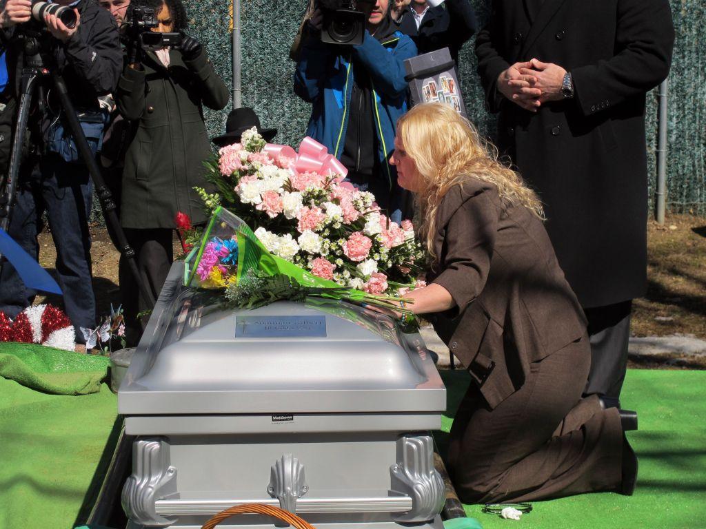 Mari Gilbert at Shannan Gilbert's Grave