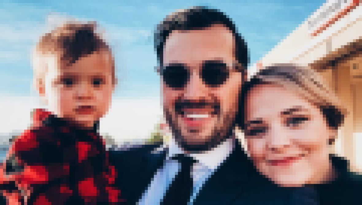Jinger Duggar Jeremy Vuolo Felicity Family Photo