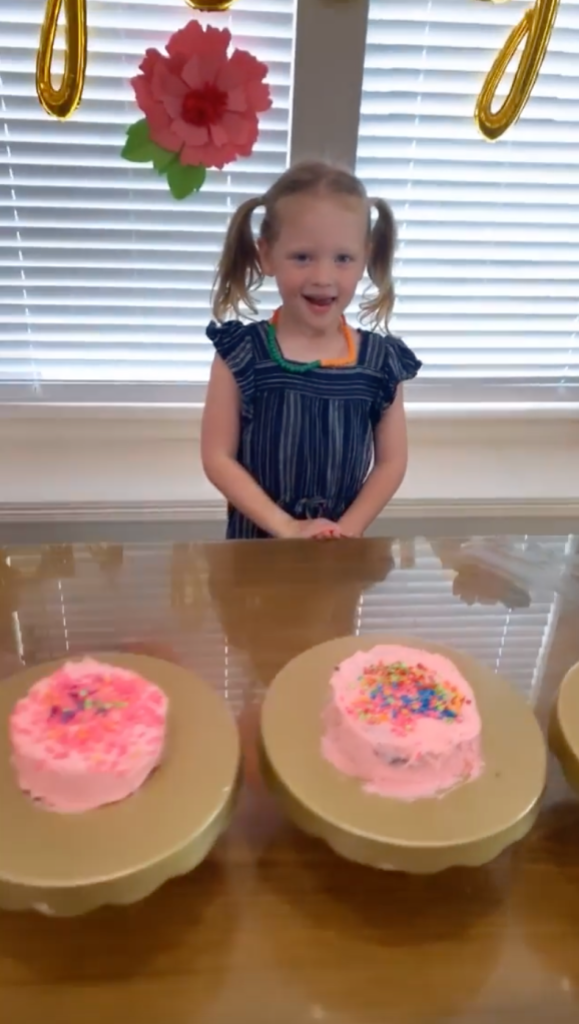 OutDaughtered Quints Bake Cakes on Their Birthday