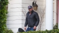 ben affleck visits ex jennifer garner while social distancing