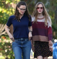 jennifer-garner-and-violet-4
