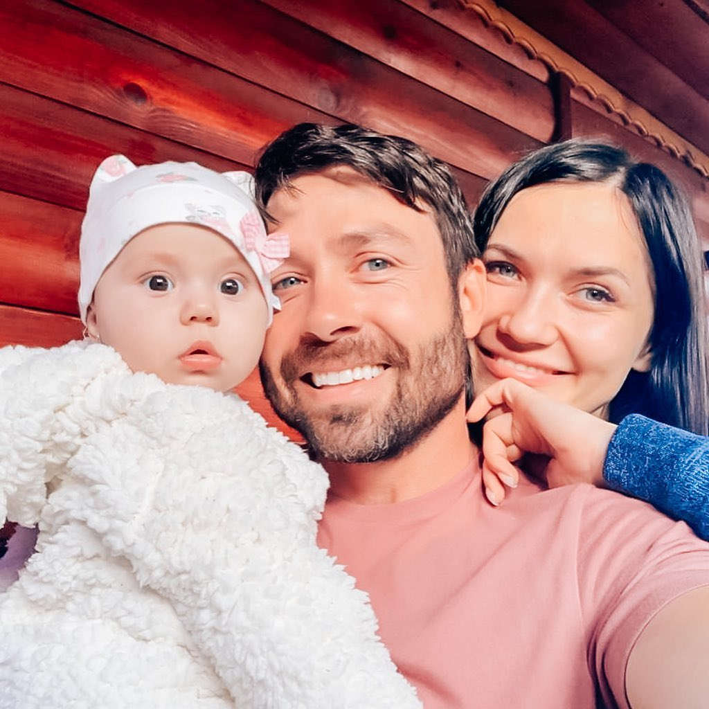 90 Day Fiance Stars Geoffrey and Varya With Her Niece