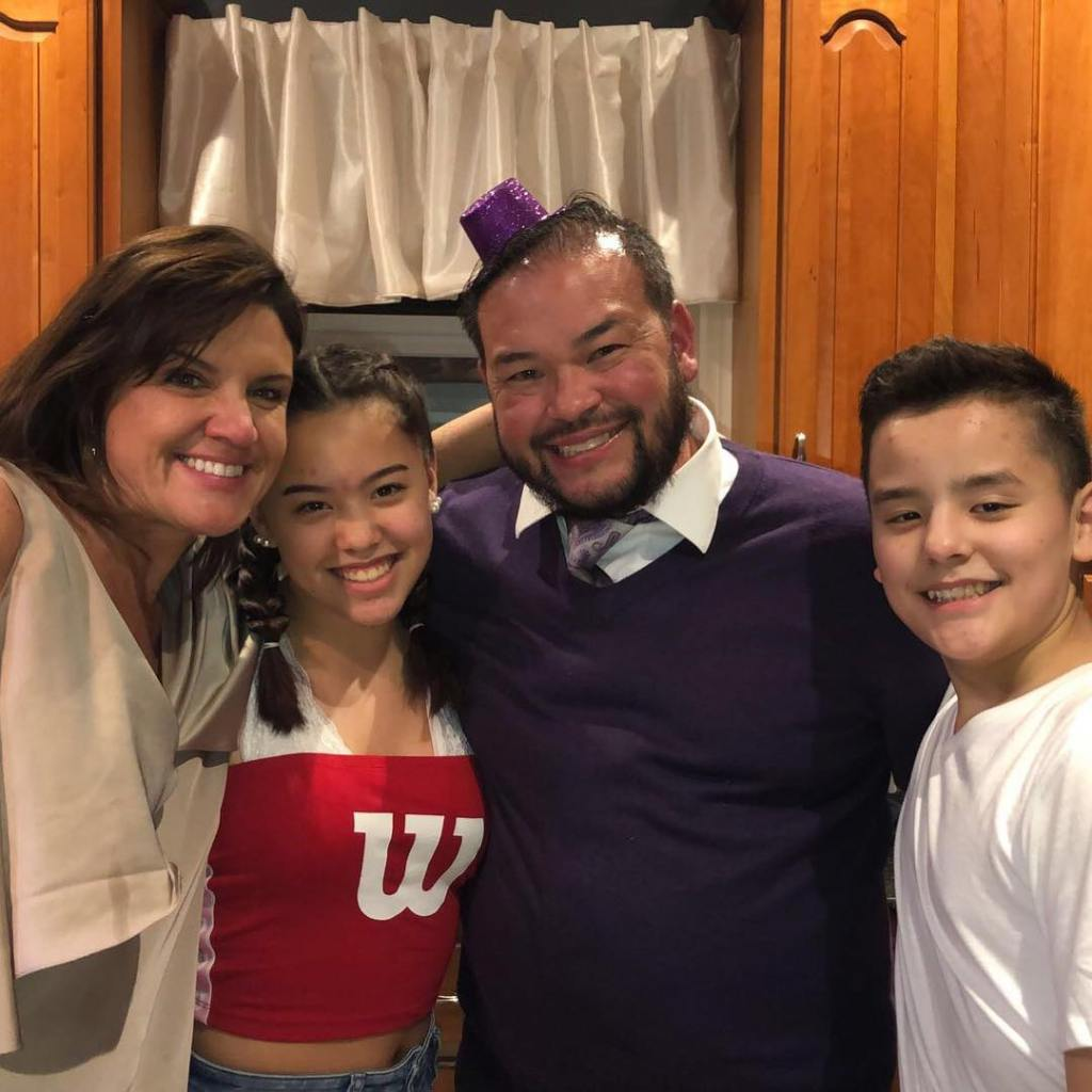 Colleen Conrad With Jon Gosselin and Kids Hannah and Collin